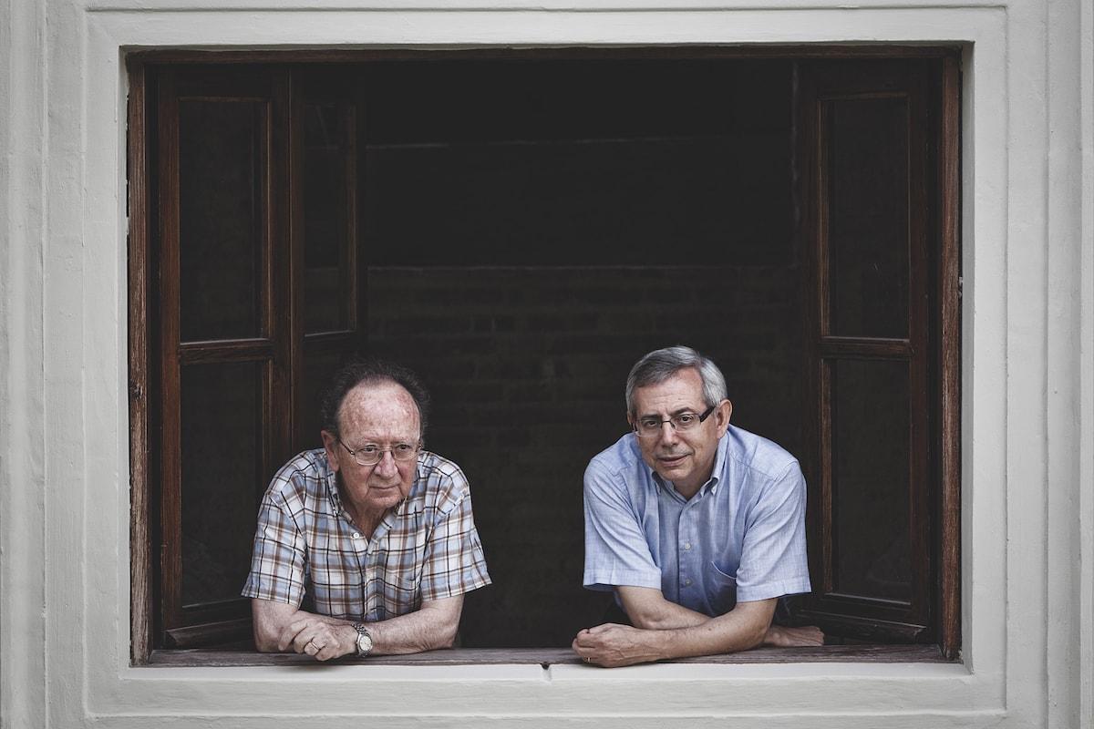 Joan Francesc Mira y Antonio Ariño