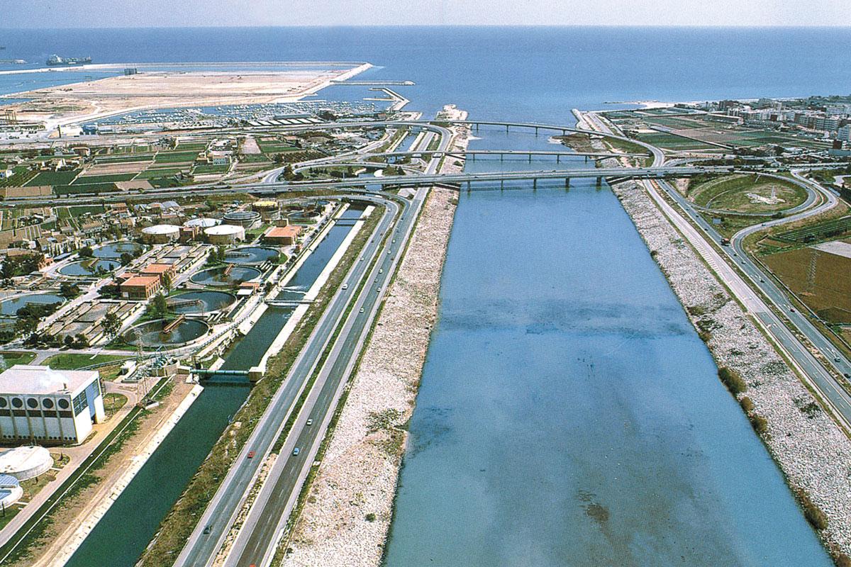 Túria port Pinedo