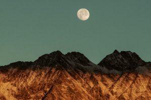 viatges literaris a la lluna
