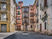 imagen de ciutat vella, en Valencia, vacía| hábitos